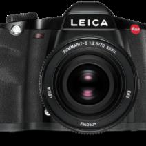 2008 - O médio formato Leica S2 câmera profissional é lançado A câmera single-lens reflex digitais Leica S2, com autofoco e um sensor de imagem CCD no Pro Formato Leica de 30x45mm com 37,5 megapixels, estabelece novos padrões para médio formato câmeras profissionais.