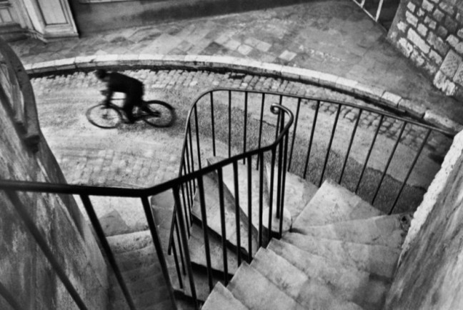 henri_cartier_bresson_bicycle-821x550
